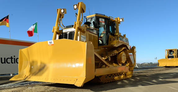 2006 Caterpillar D7R XR Series II dozer.